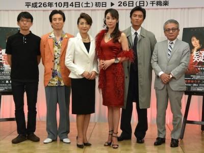 左から山中隆次郎(脚本)、なだぎ武、高橋惠子、浅野ゆう子、原田龍二、河毛俊作(演出)