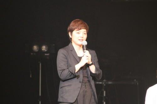 演出・小林香