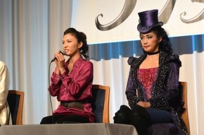 アリス役・安蘭けいさんと帽子屋役・濱田めぐみさん