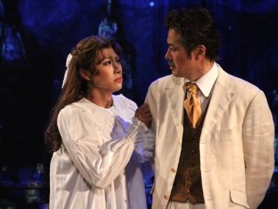 エリックへの思いを父ジョヴァンニにぶつけるルチアーナ