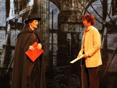 オペラ座建築に取り掛かるエリックとガルニエ